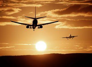 """המדריך לטיסות לחו""""ל ביחד עם הילדים"""