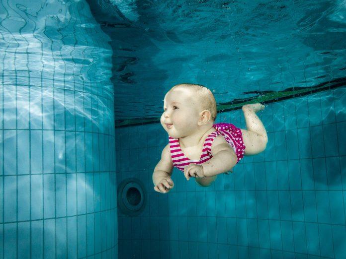 שחיינים מלידה